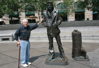 Frank and Lone Sailor Statue in DC